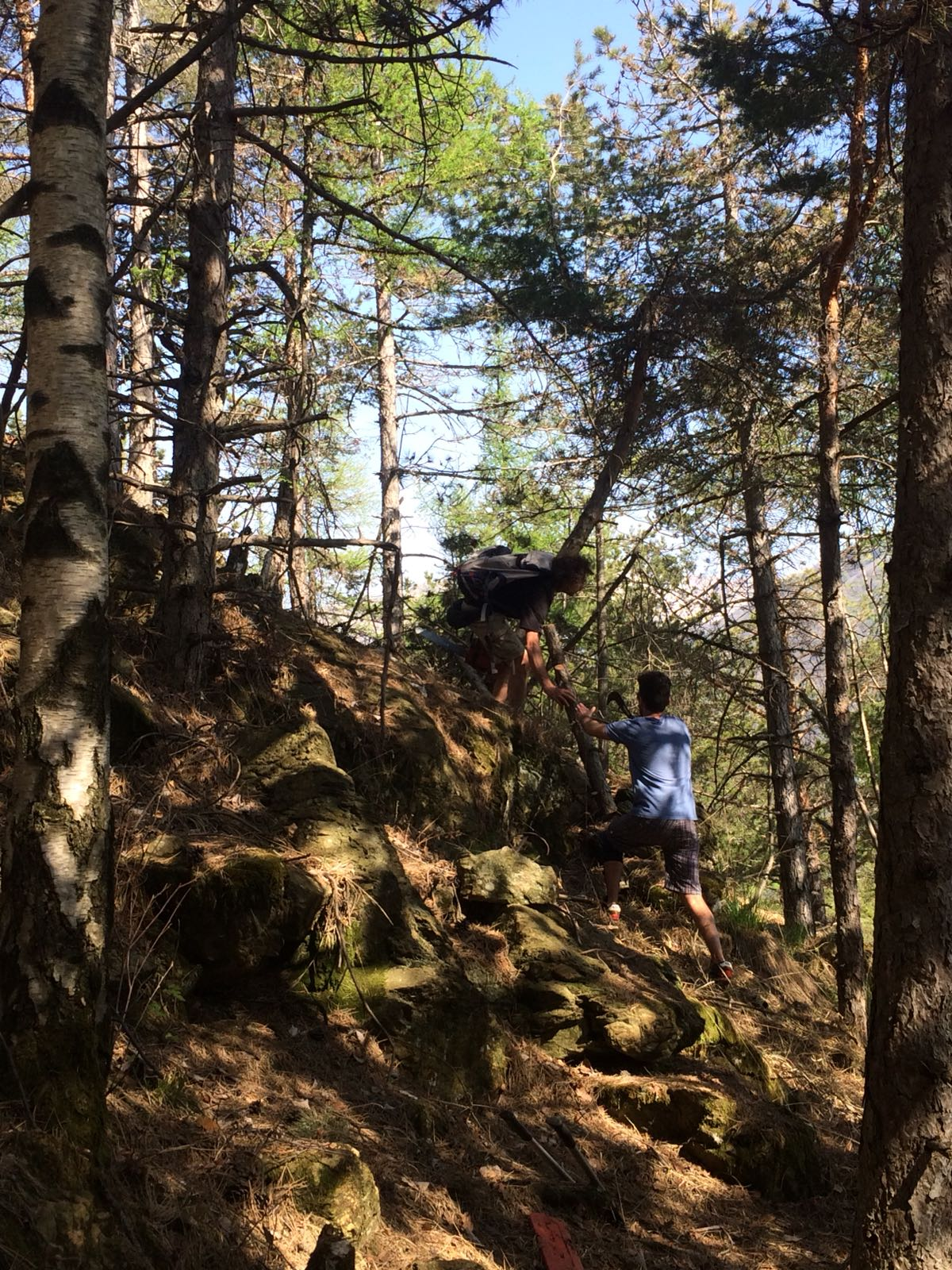 Fotoracconto pulizia sentiero Stabio - Ovairo e 352 22 aprile